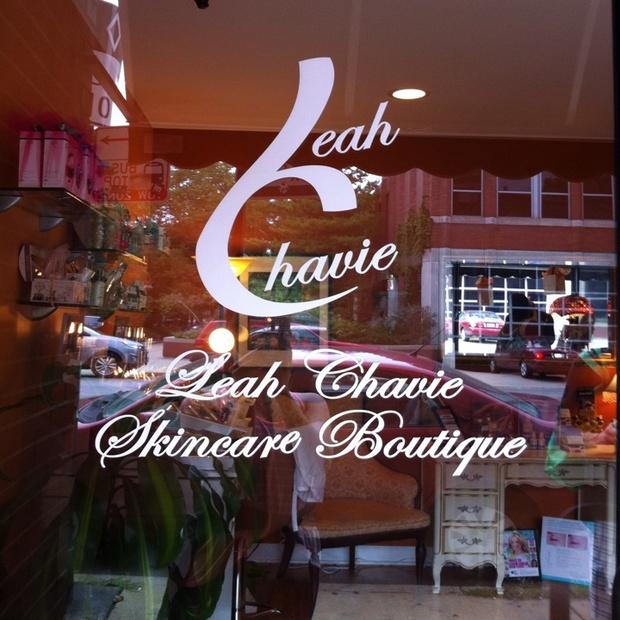 Leah Chavie's Le Creme Skincare Boutique