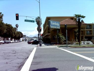 Travelodge By Wyndham Long Beach Convention Center In Long