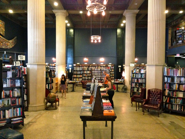 Bookstores in Los Angeles: An Obsession